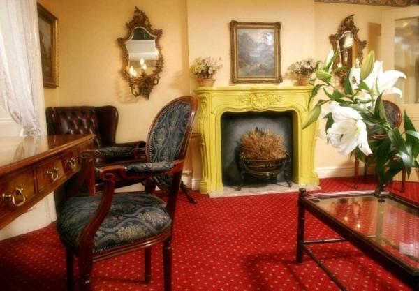Hotel byron hotel london for 36 38 queensborough terrace